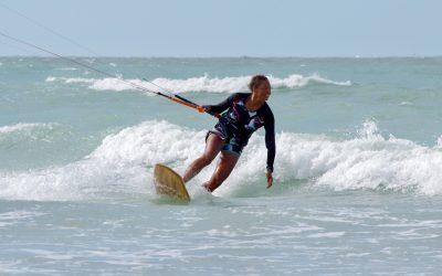 Strapless Kitesurfing – Directional Board vs. Twintip