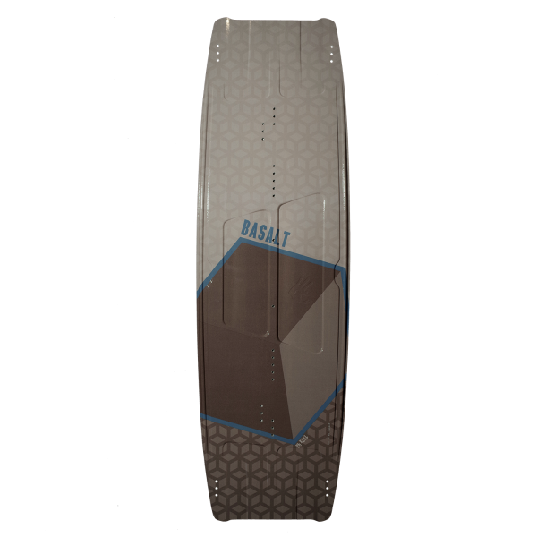 Woodboard Basalt, a Big Air Twintip Kiteboard for Kiteloop, Megaloop and Board Off Tricks.